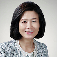 http://educareleaders.com/wp-content/uploads/2017/05/김영란회장님-3.png